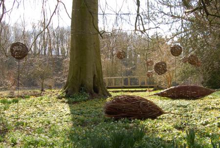 willow weaving garden art