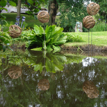 Willow garden art